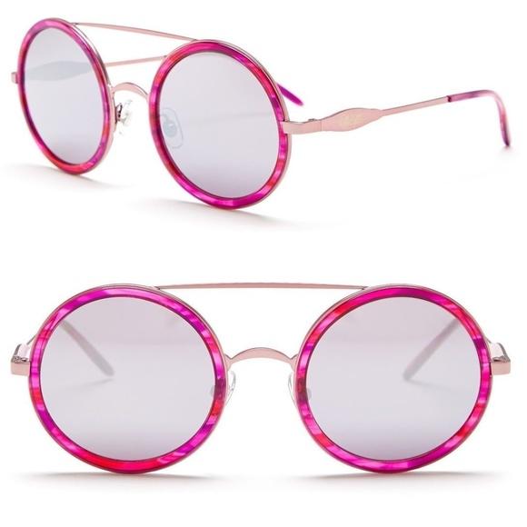 28d60df36f WILDFOX Women s Winona Deluxe Round Sunglasses